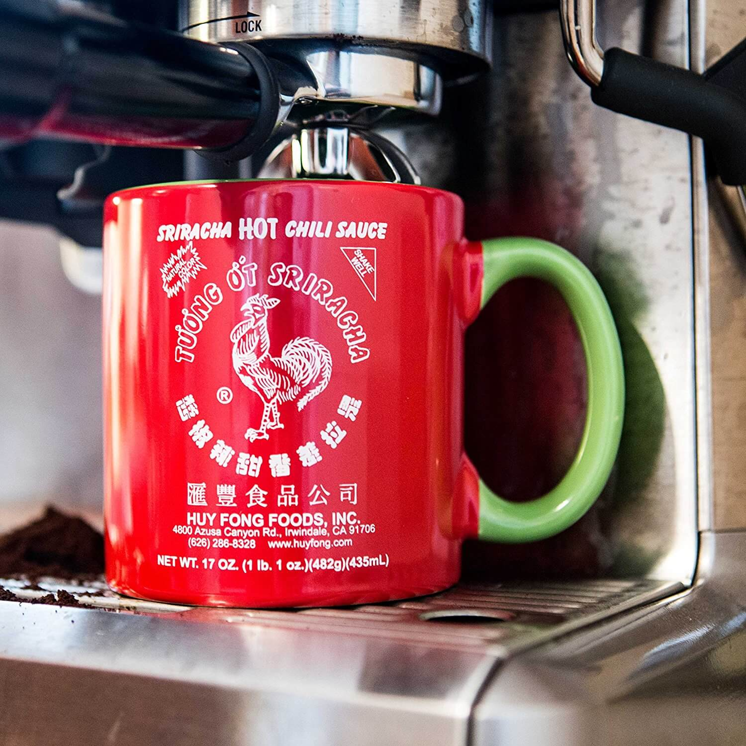 Welcome to The Rooster Room, the official one stop shop for our Sriracha friends!
