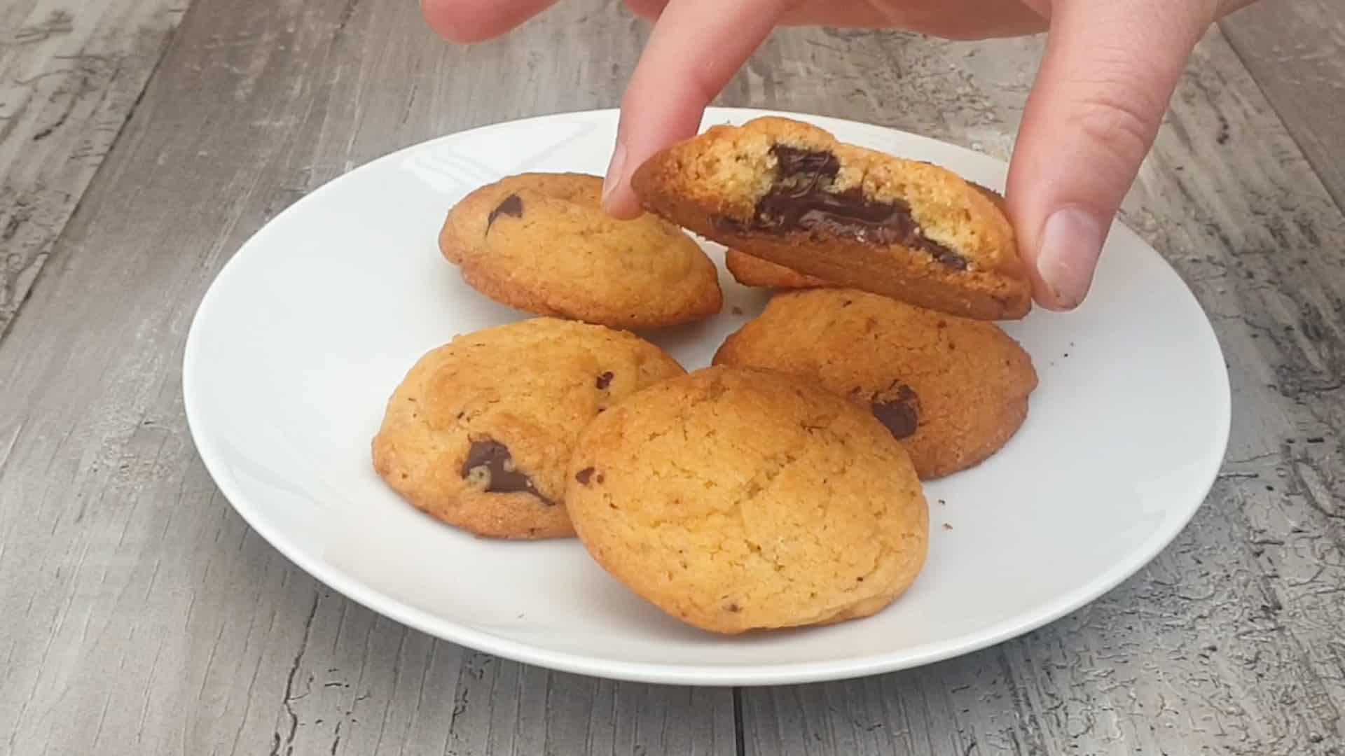 Habanero chocolate chip cookies
