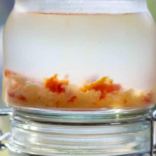 Hawaiian chili pepper water