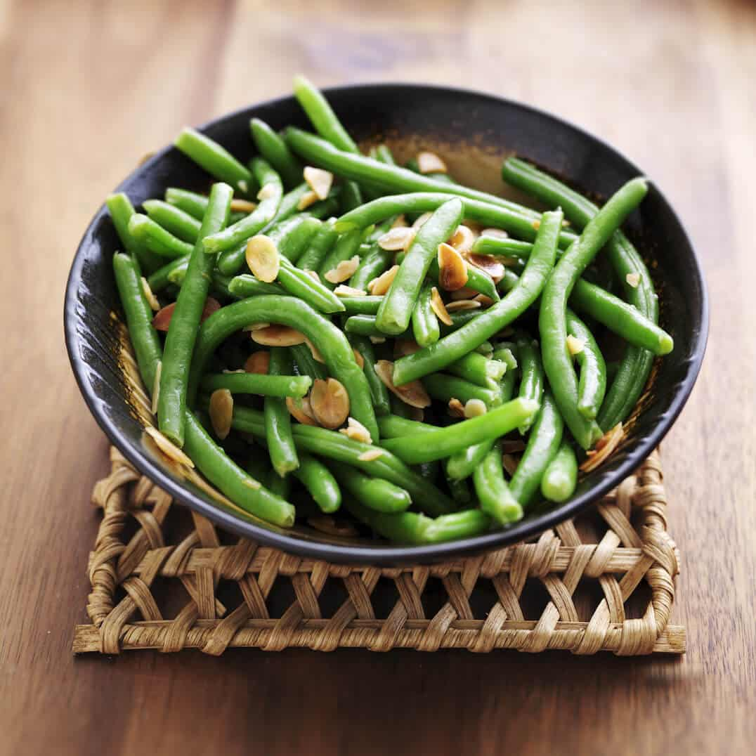 Spicy Green Beans With Toasted Almonds