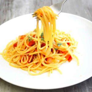 Sriracha spaghetti sauce