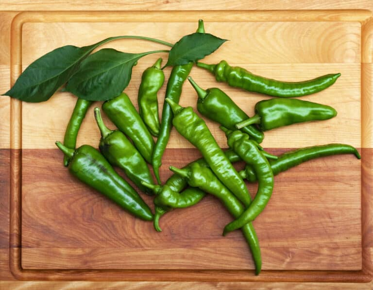 What are heirloom peppers?