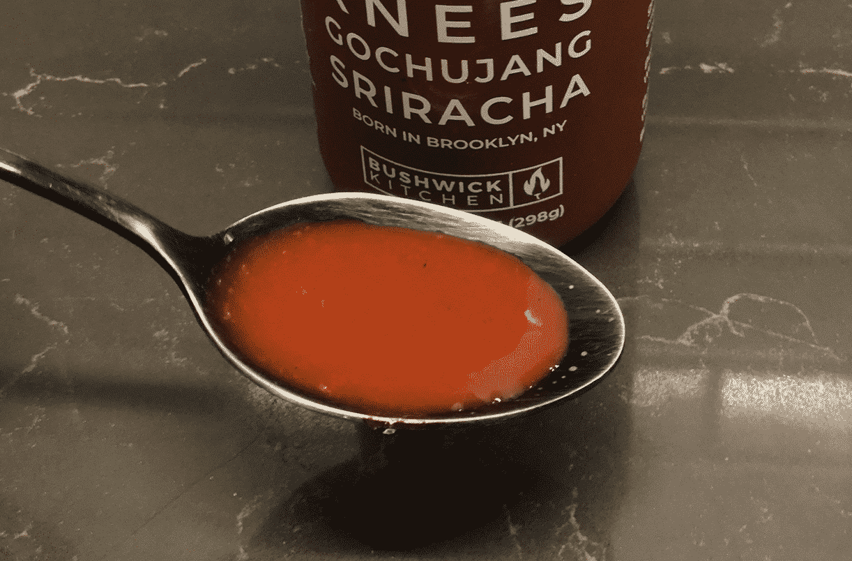 Weak Knees Gochujang Sriracha Hot Sauce_in spoon