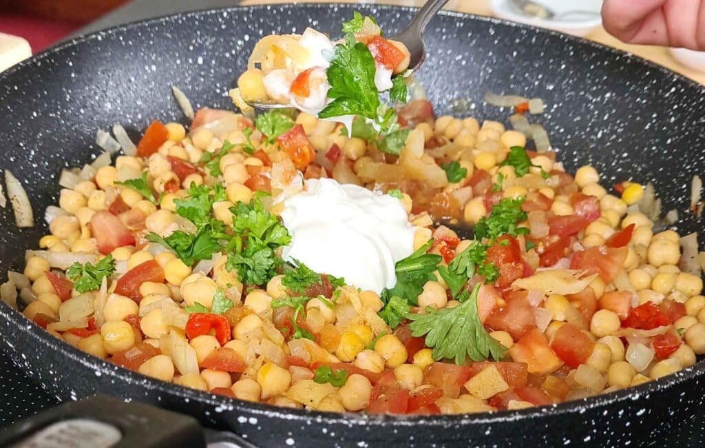 Hot and sour chickpeas
