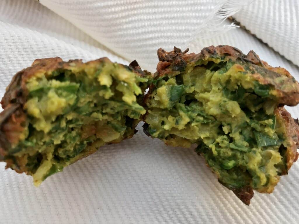 Daltjie-Chili-Bites, close-up to see interior of fritter